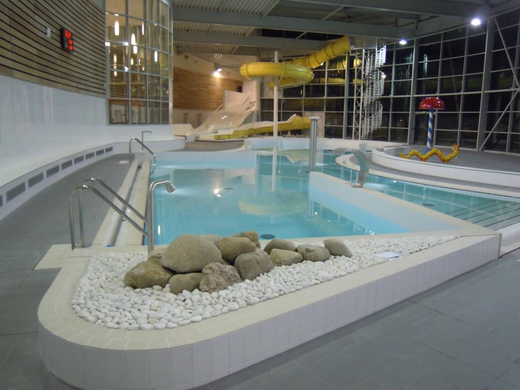 Centre aqualudique duneo snidaro group for Piscine argences