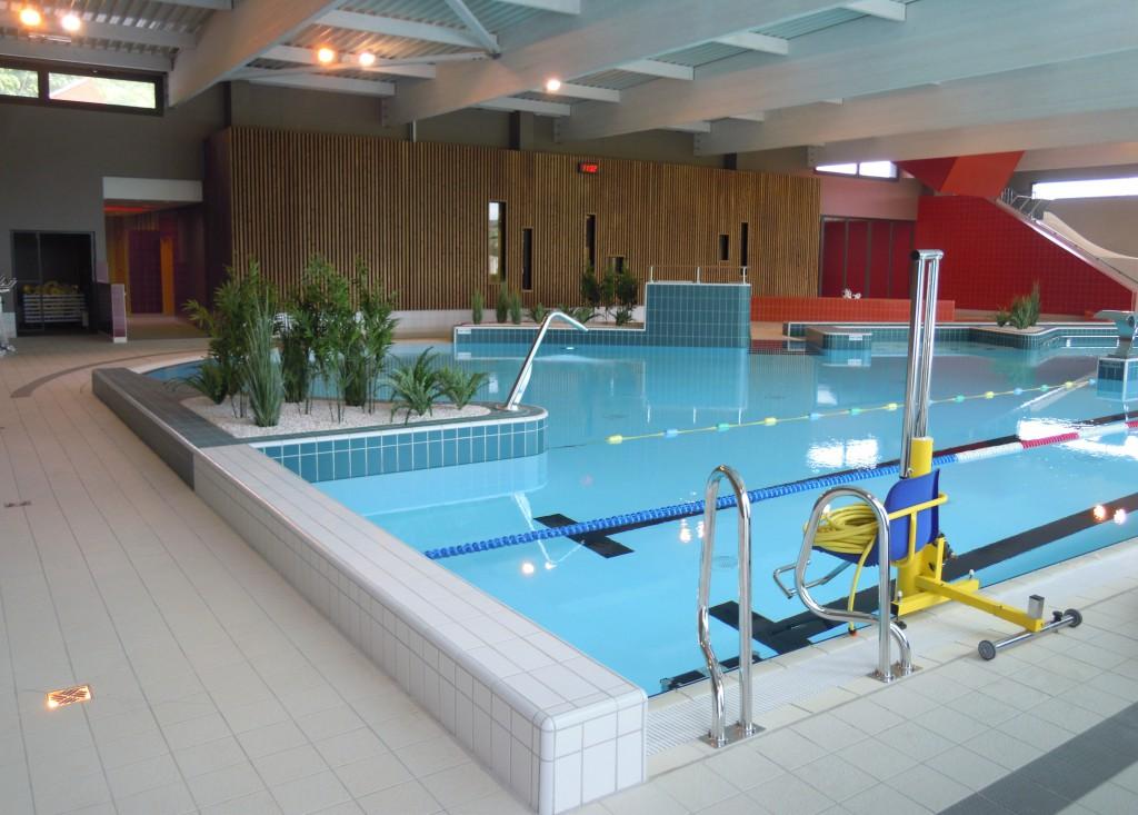 Centre aquatique du val d 39 avre snidaro group for Piscine verneuil sur avre